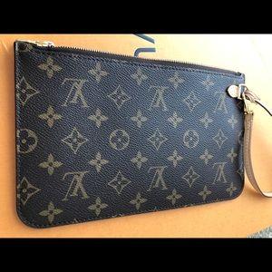 New Louis Vuitton Wristlet